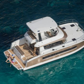 Fountaine pajot M37 motor yacht
